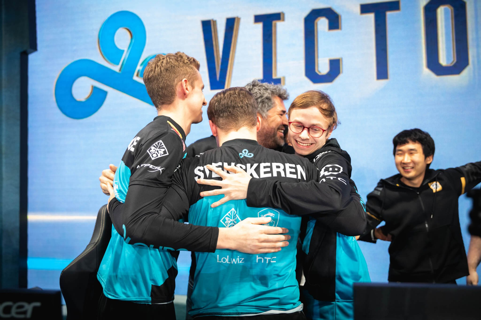 Cloud9 becomes first team to lock in Quarterfinals spot in League of Legends World Championships 2018