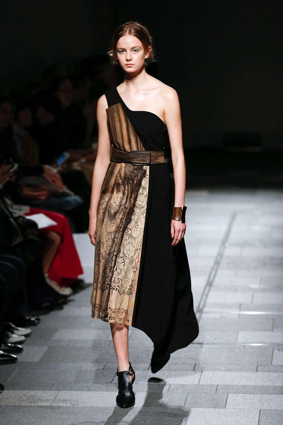 Tokyo Fashion Week Showcases Innovative Fabrics From Hanae