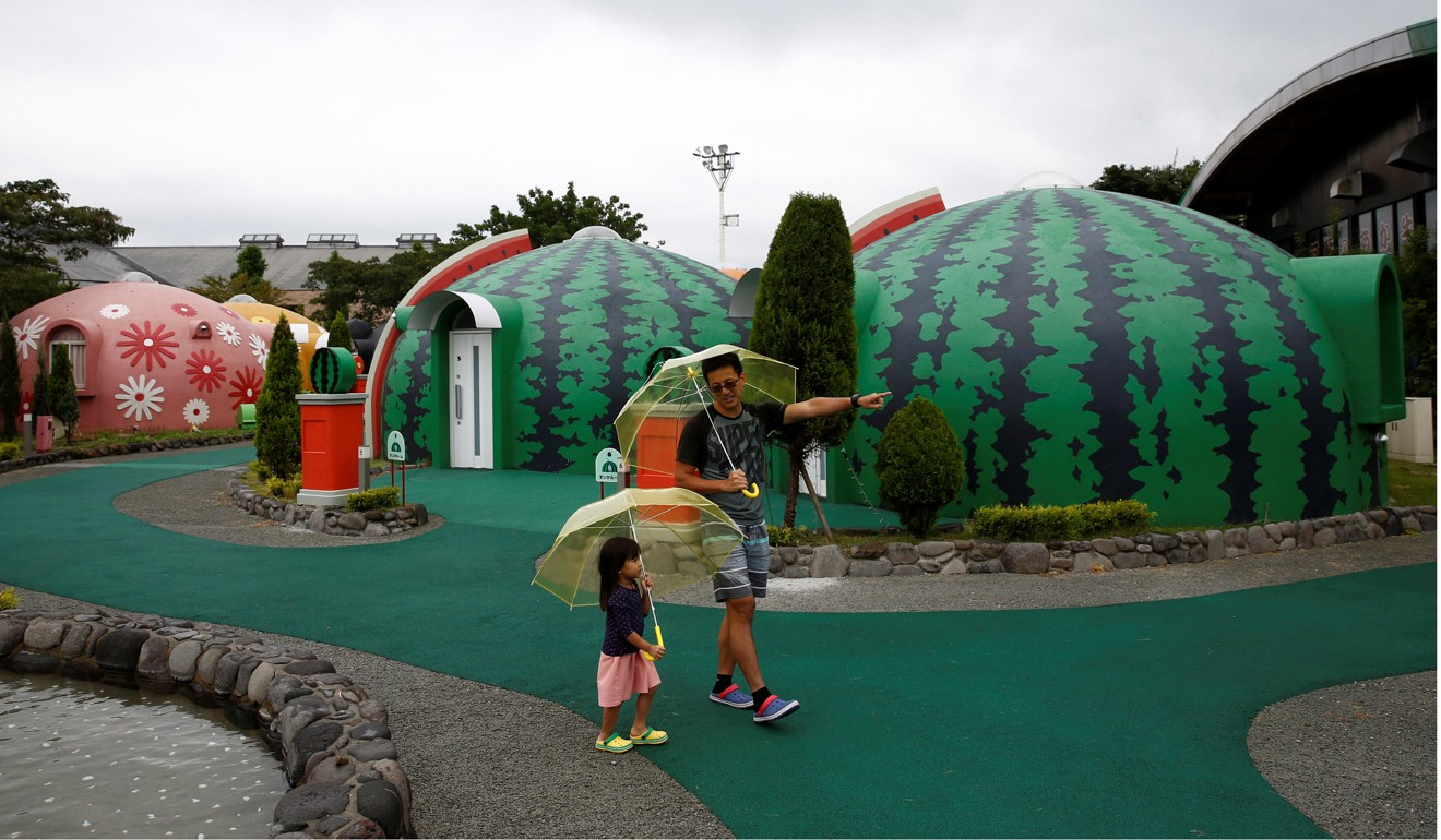 Japan s quirky quake resistant dome homes prove popular for Dome house in japan