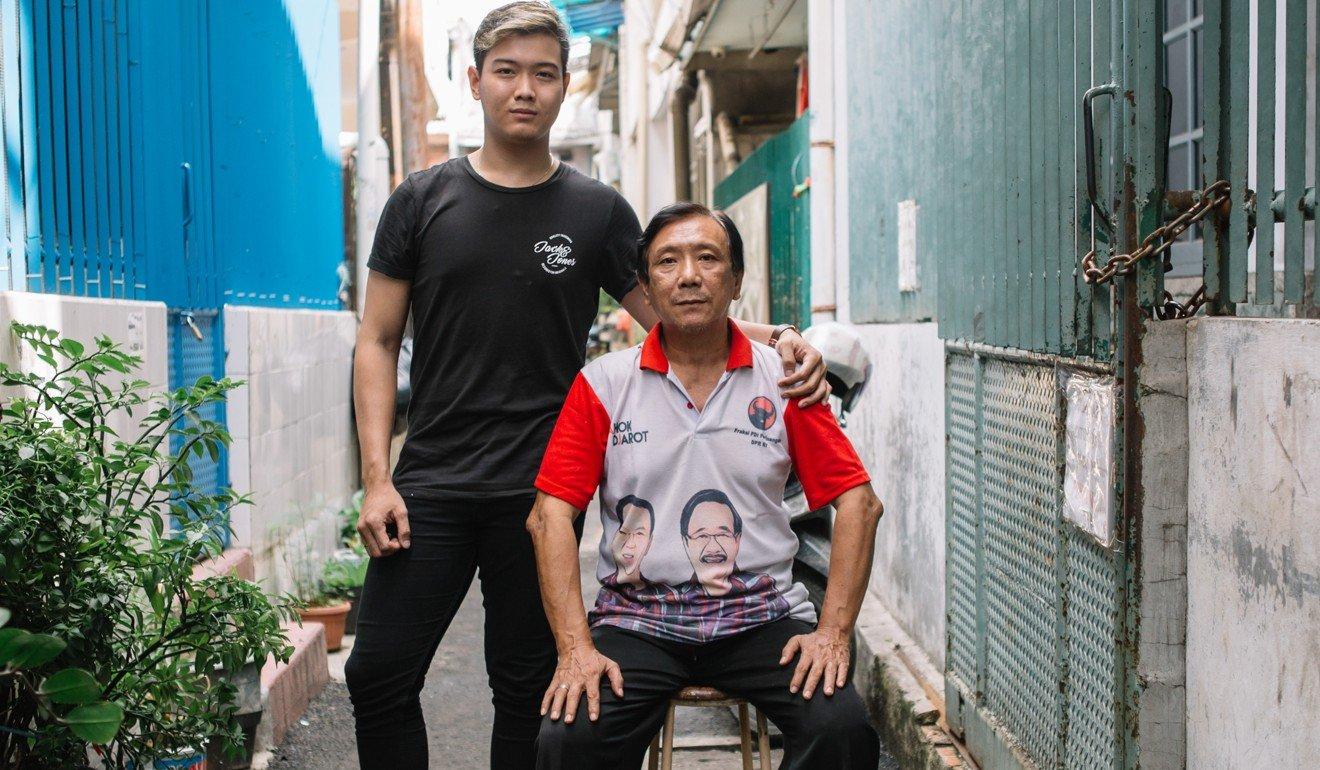Arifin and his father, Ah Kim, outside their house. Photo: Ceritalah / Muhammad Fadli