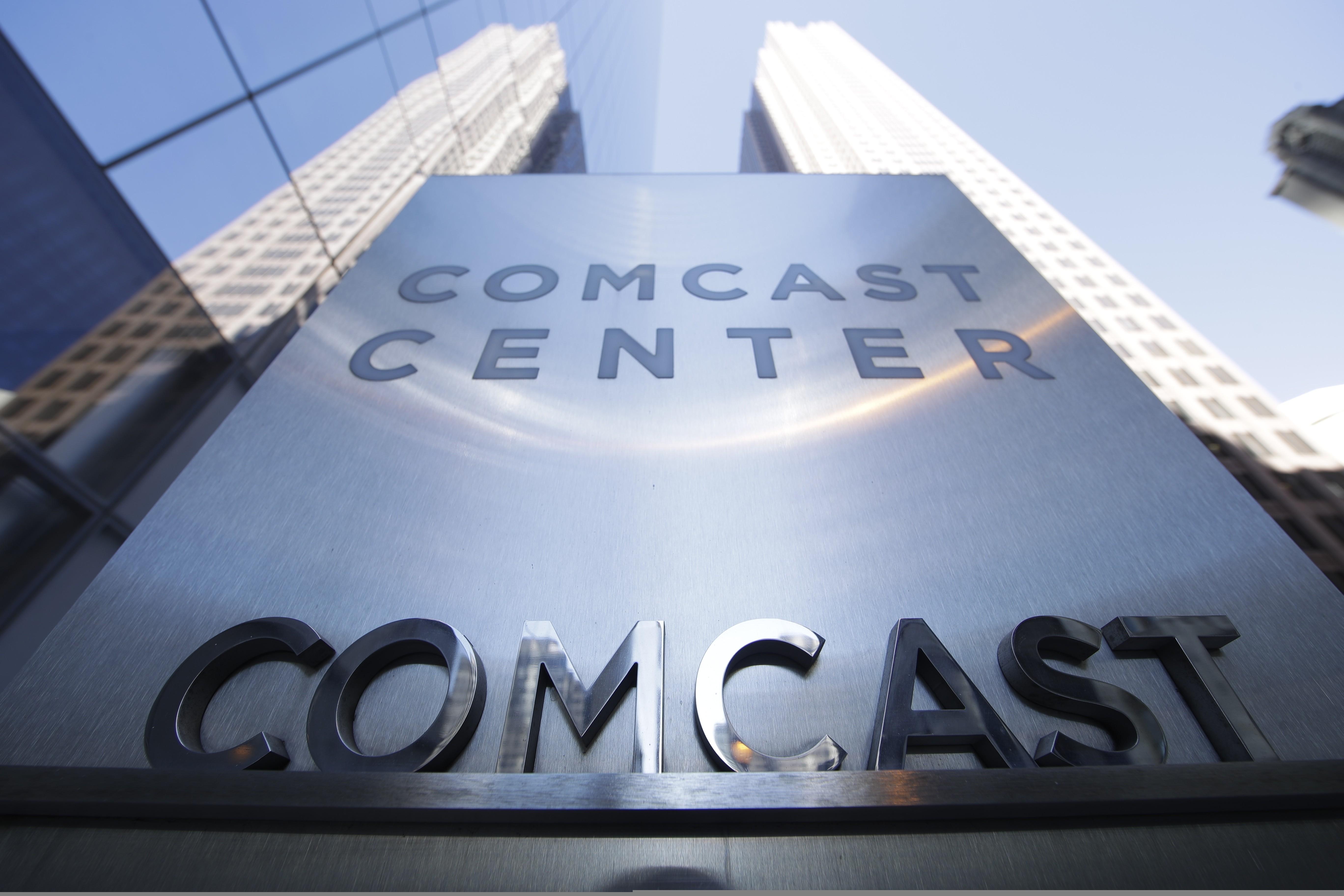 Fox accepts new Disney bid of US$71 billion, putting Comcast