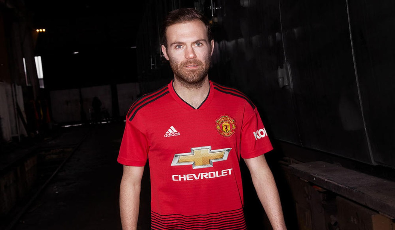 9853ca7e0e7 Manchester United new kit 2018   rip off  price tag of £190 outrages fans