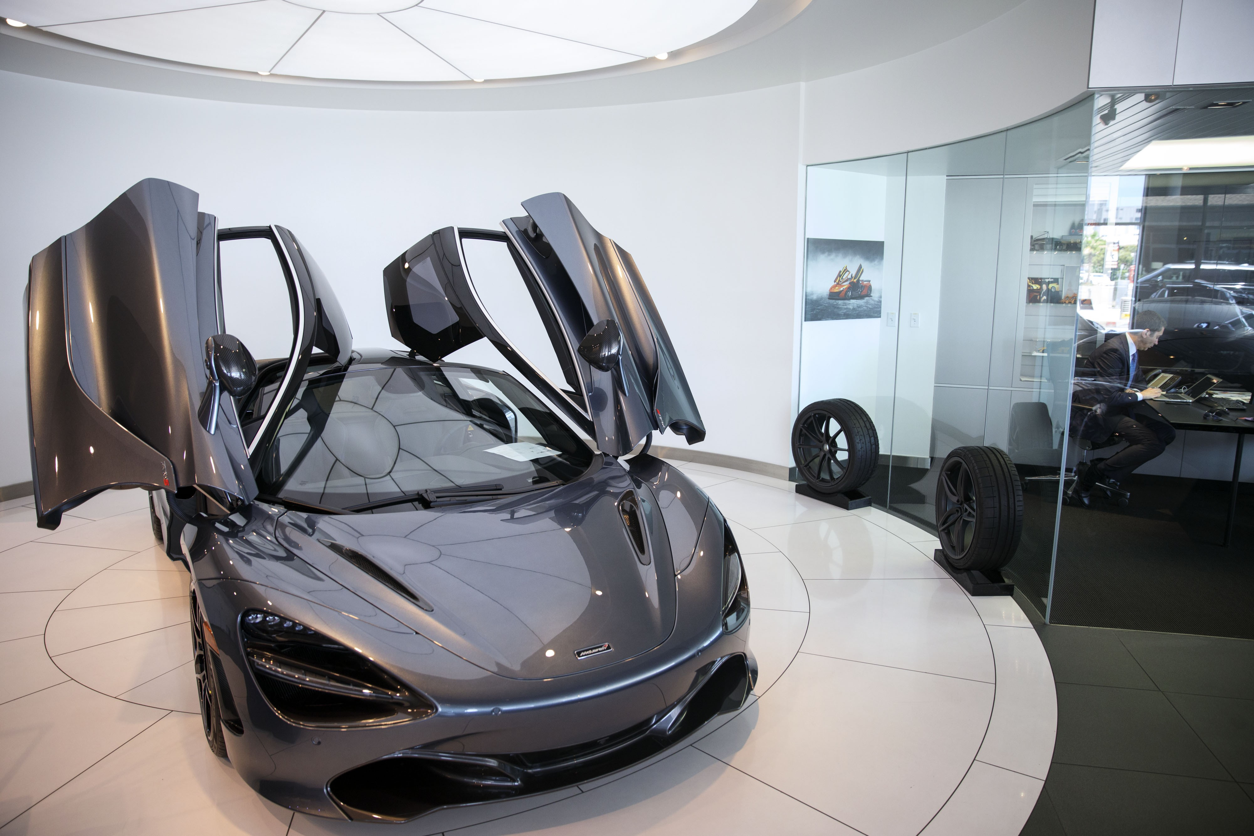 Pebble Beach car show is set to feature Bugatti's Divo, Porsche's