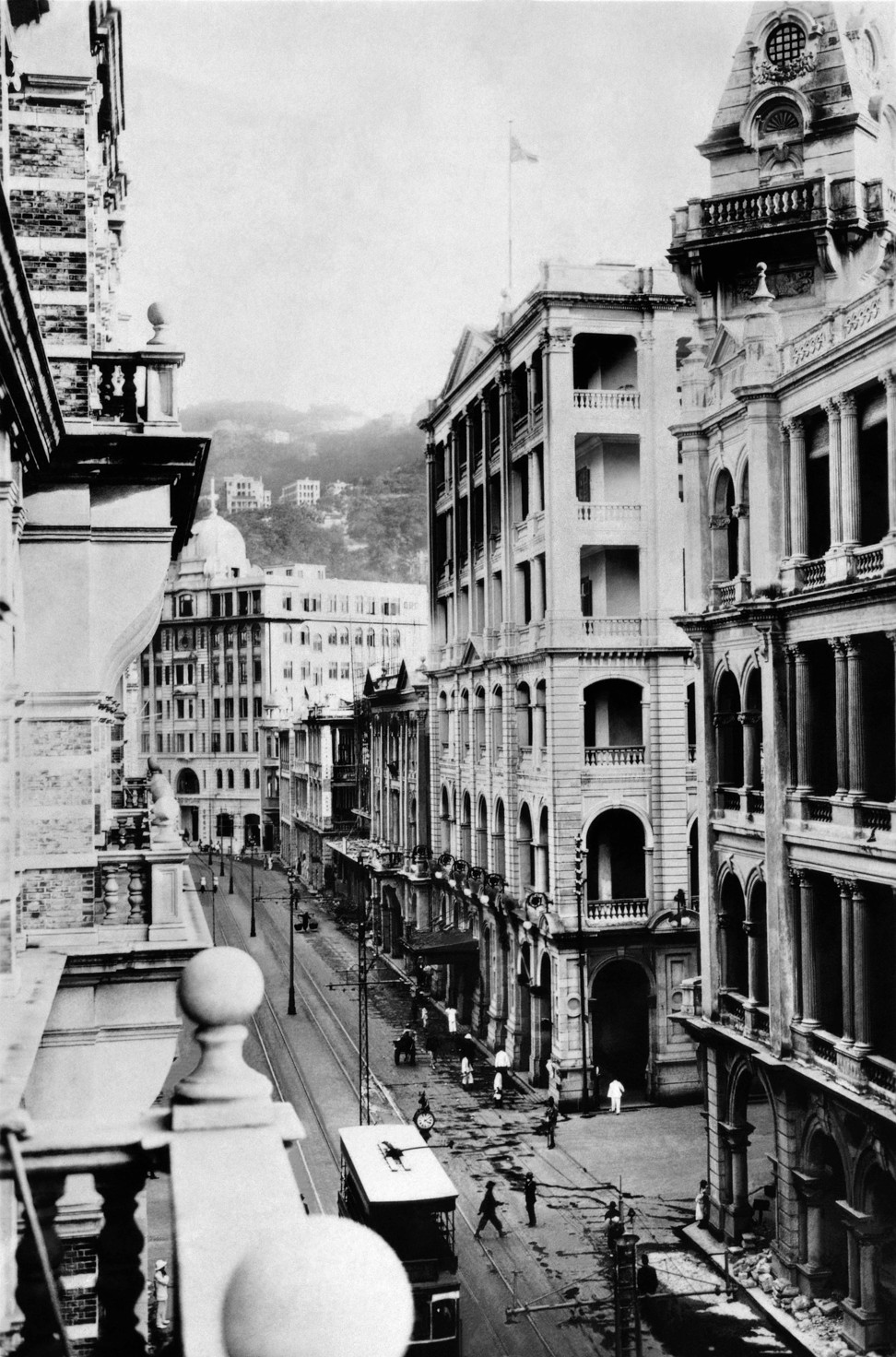 Home Of Hong Kong Heritage The Pink House On Peak Is Steeped Inside Flats Joyce Finials At Old Gpo Des Voeux Road Picture Formasia Books