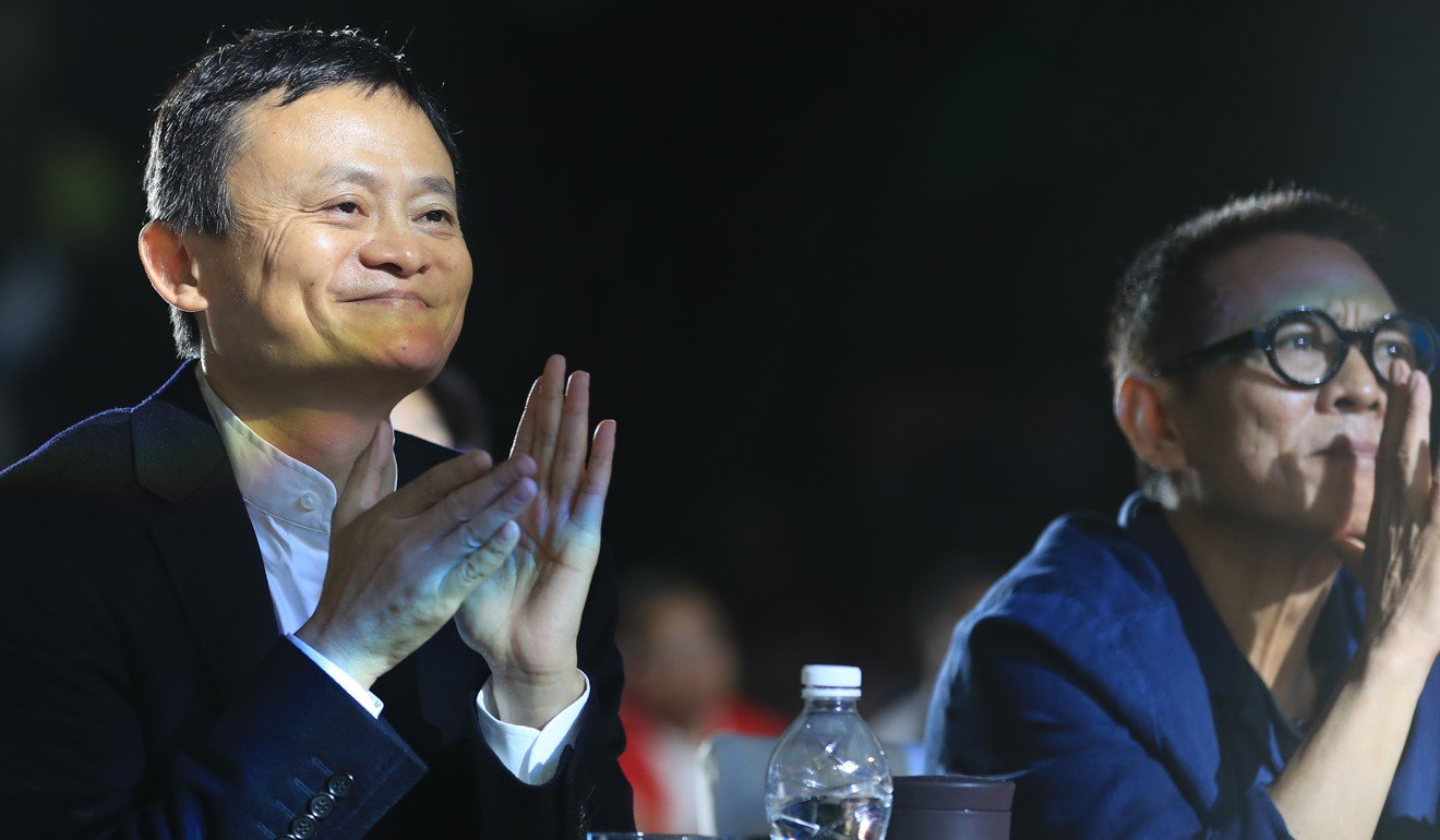 Jet Li looks in much better health alongside Jack Ma at