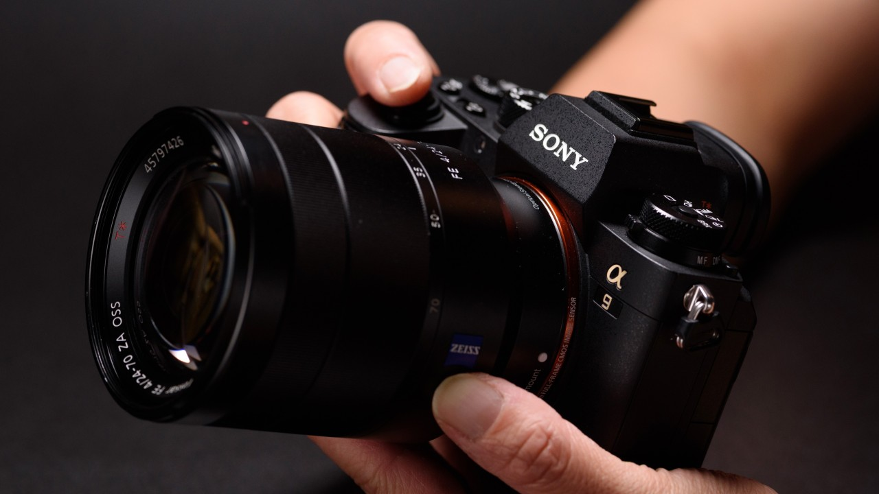 Will Sony mirrorless cameras end Canon, Nikon's digital duopoly?