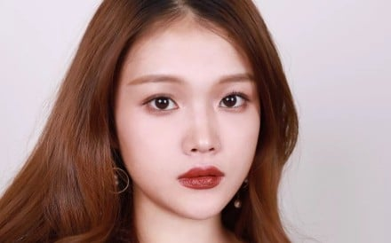 Xixi is a make-up blogger and favourite of KOL (key opinion leader) Becky Li.