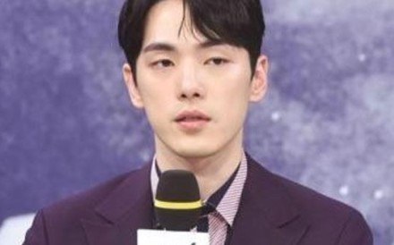 South Korean actor Kim Jung-hyun's character in the series 'Time', which began in July, will be killed off to allow him to leave after doctors said he needed to take a 'mental and physical break'. Photo: Yonhap