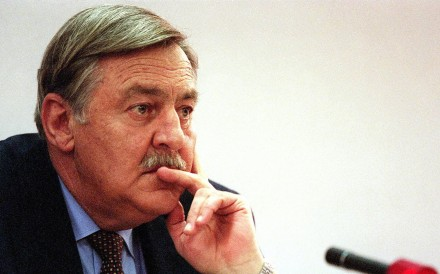 Pik Botha, former South African foreign minister, in 1997. Photo: AFP