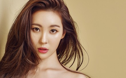 K-pop star Sunmi, who will perform in 12 cities in Asia and North America as part of her 'WARNING' world tour, is a former member of the now disbanded girl group Wonder Girls.
