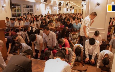 "Chinese police have detained a prominent pastor and more than 100 worshippers in a crackdown on ""illegal"" religious assemblies. Coordinated raids were carried out in Chengdu the evening of December..."