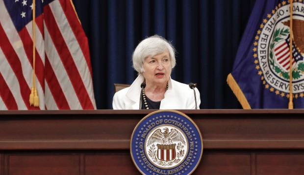 Fed wonders if weak inflation will delay the pace of US rate increases