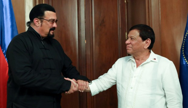 'Hard to Kill' Seagal talks drug war with 'The Punisher' Duterte