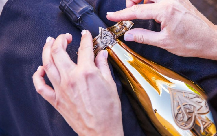 Jay z 39 s new champagne is about to hit hong kong with a for Jay z liquor price