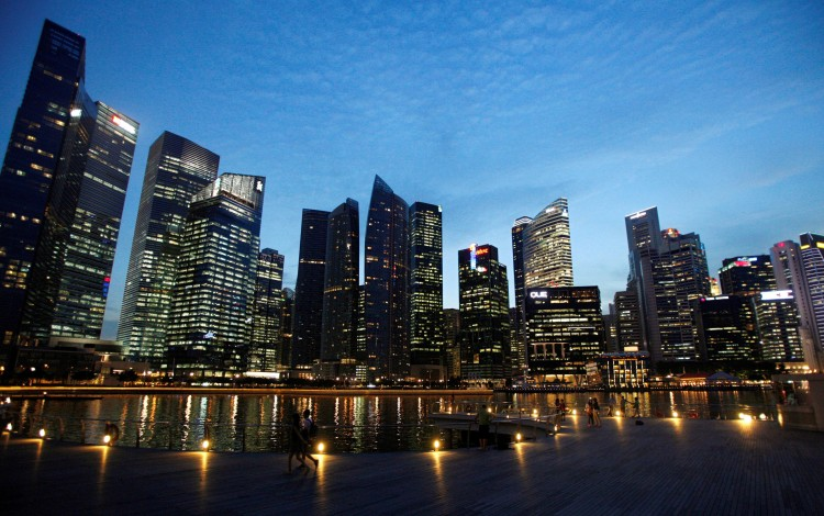 Singapore Gains Momentum in Race for Currency Trading Hub Status