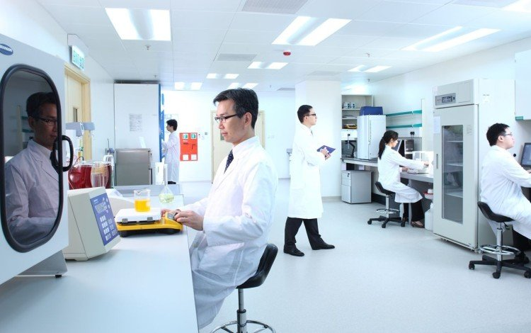 Hong Kong Eyes Mainland Clinical Data For Disease Research, Boost Biotech Industry