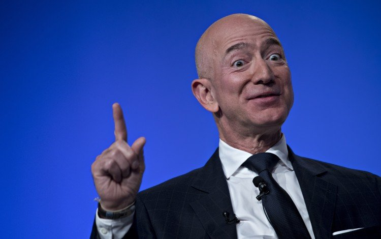 Amazon's Jeff Bezos Says Tech Companies Should Work With US Military, Even As Google Backs Out Of Defence Contracts
