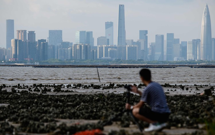How Hongkongers Working In Mainland China Can Avoid Global Income Tax