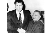 Deng Xiaoping and retired world champion Muhammad Ali shake hands in Beijing in 1979. During their meeting Deng invited Ali to return to China to train boxers for the 1984 Olympics. Photo: AP