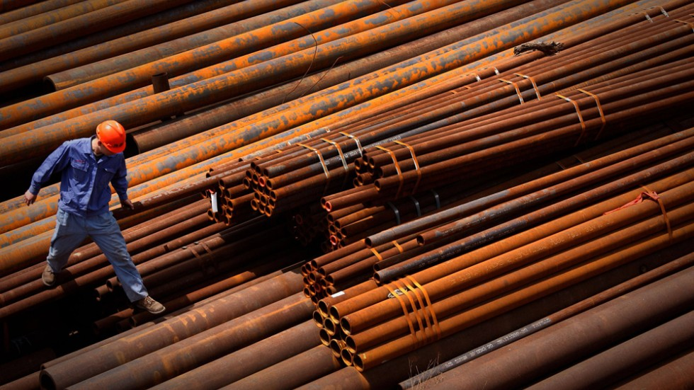 Shanghai steel extends losses to sixth day on China economy woes