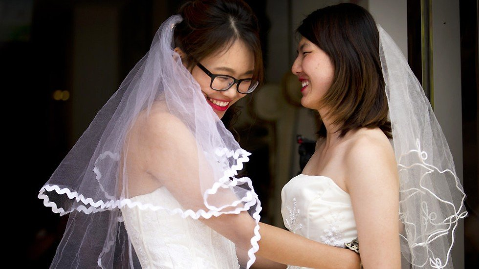 Lesbian Couple Hold Marriage Ceremony To Push For Legal -9589