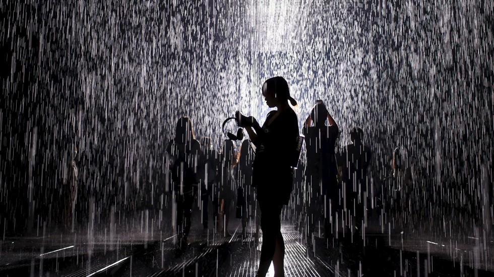 Stunning Rain Room Installation At Shanghai S Yuz Museum