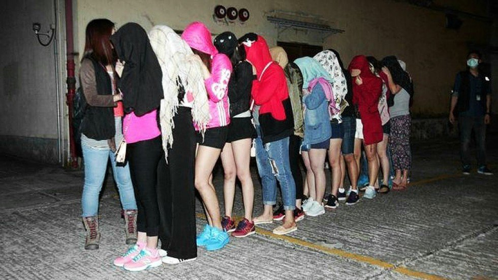 mainland women A video comparing hong kong girls, mainland girls and american-born chinese girls is going viral amongst hk netizens this week.