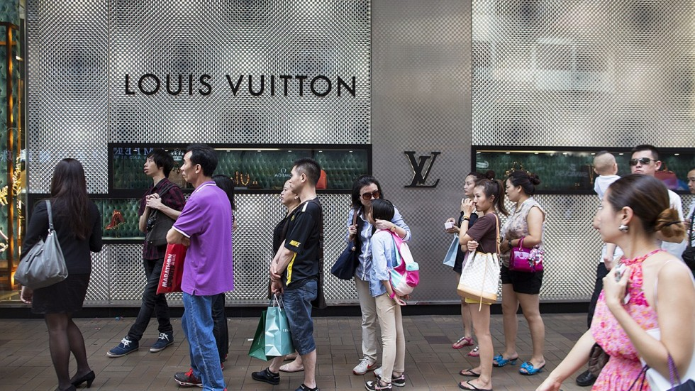 evaluation of louis vuitton in hong kong market The mba in international luxury brand management program is a one-year intensive field trips this year are to hong kong/dubai and milan louis vuitton china.