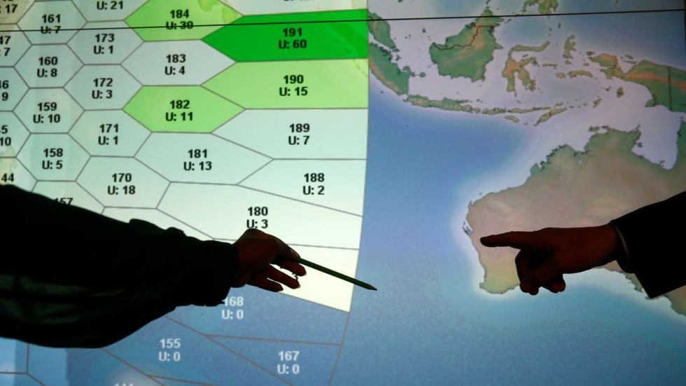 Experts attempt to define new MH370 search zone but requires new ...
