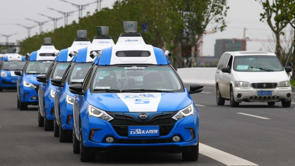 Baidu is testing Autonomous Cars & following traffic rules in China