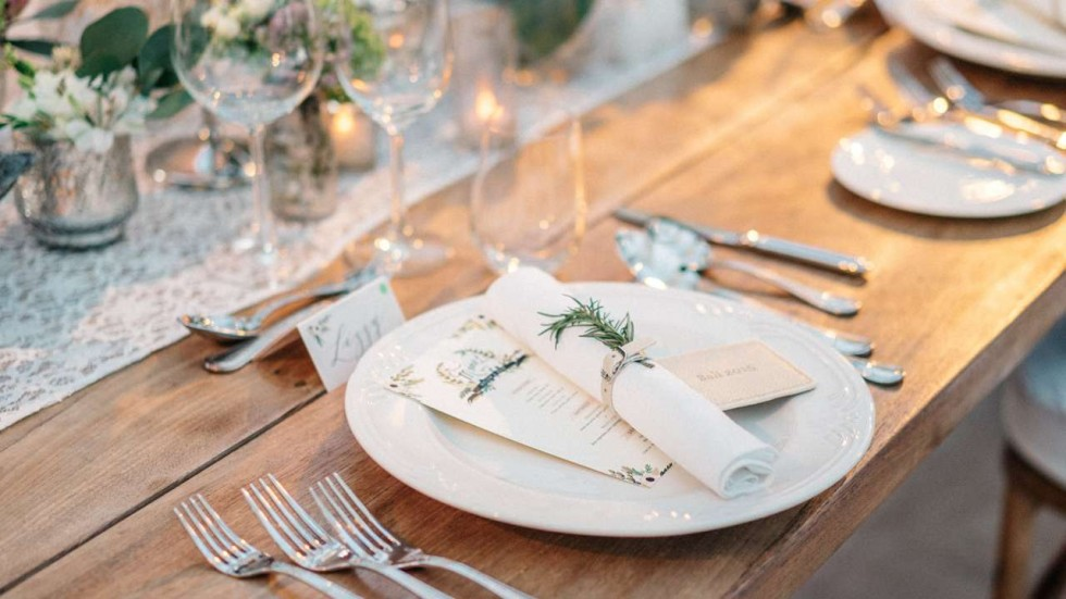 Make The Wedding Table A Feast Of Details With Aesthetics And Strong