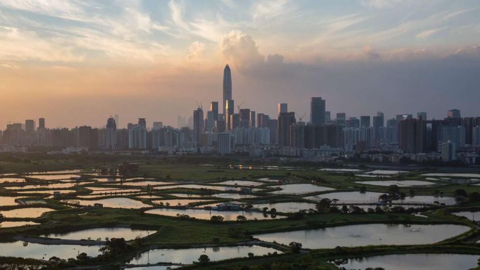 Challenges of restaurants facing in hk essay