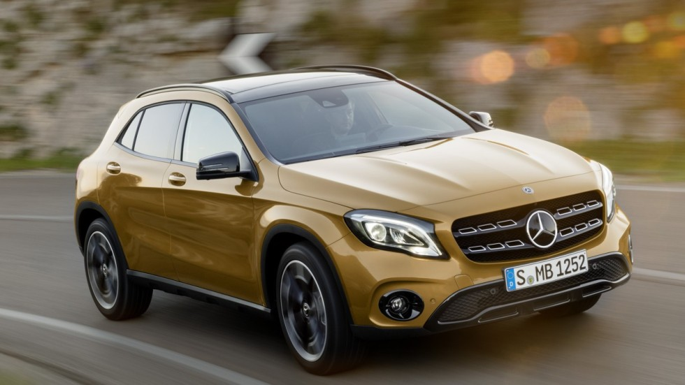 mercedes benz gla 200 facelift nips and tucks through sai kung and stretches marque s range in. Black Bedroom Furniture Sets. Home Design Ideas