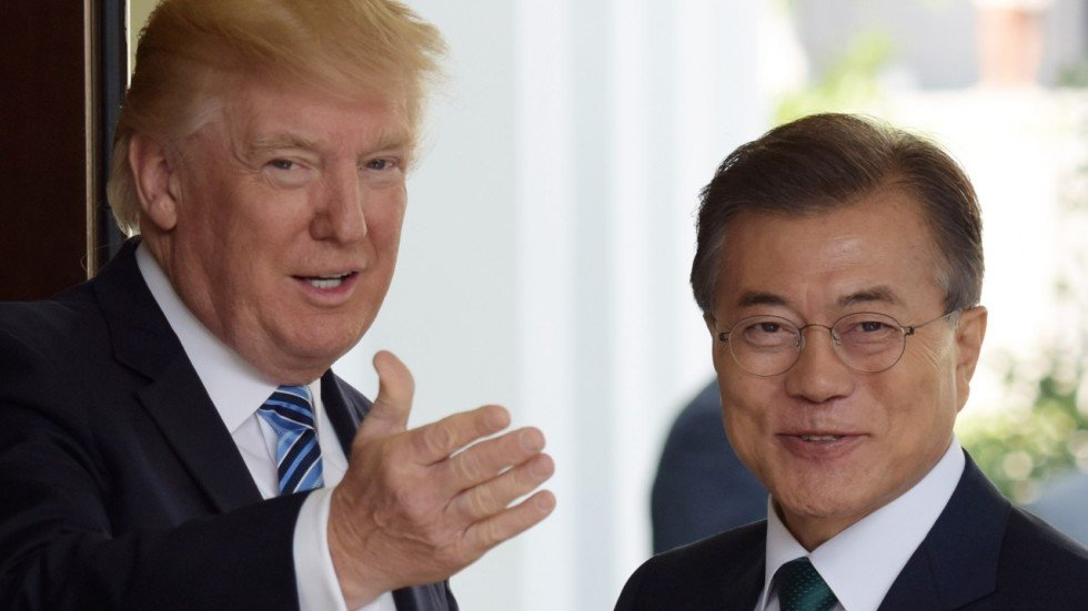 Image result for trump and moon jae-in