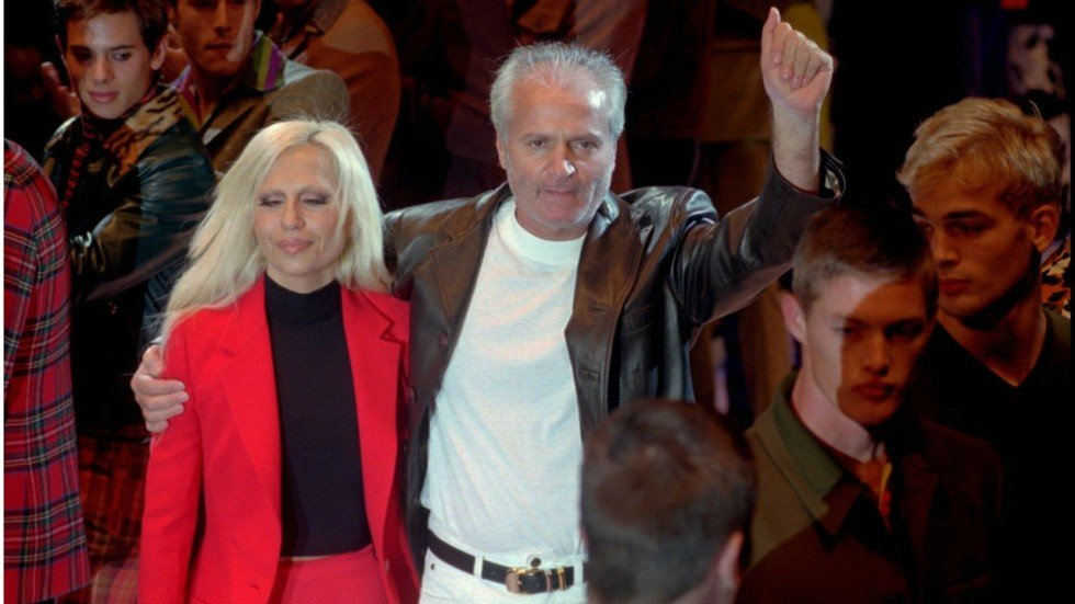 Gianni Versace Murdered Fashion Legends Legacy Lives On 20 Years