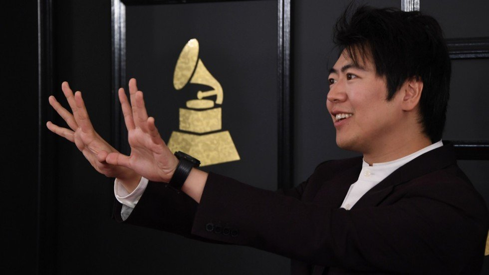Will chinese star pianist lang lang have to call it quits because of oliver chou forumfinder Image collections