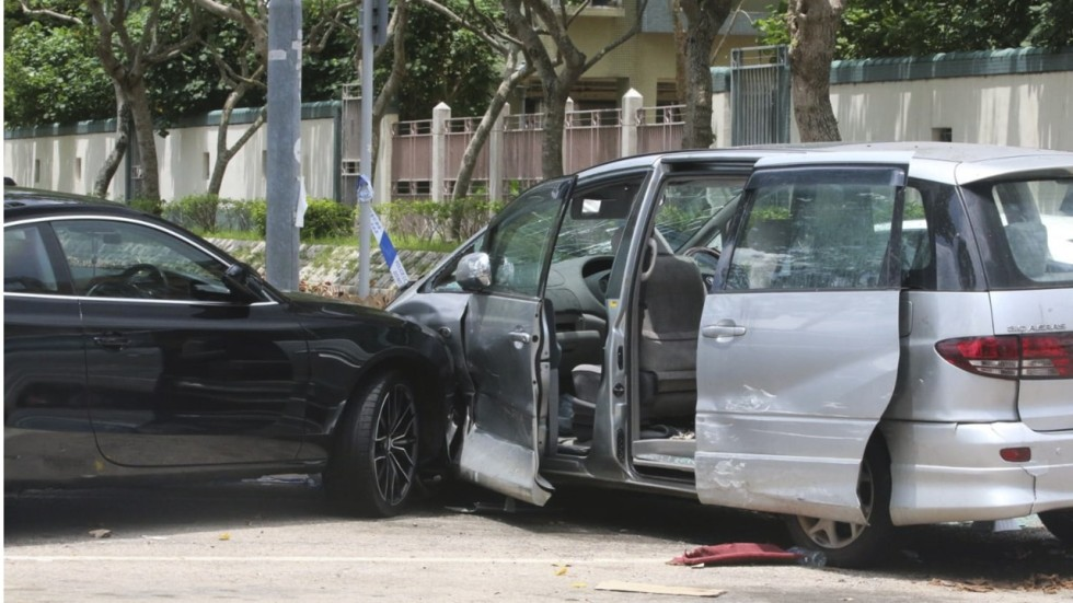 Cars rammed and bins hurled as Hong Kong triad boss' birthday ... on mobile beauty, mobile real estate, mobile toys, auto supply, arizona home supply, mobile survey, mobile gas station, mobile furniture,