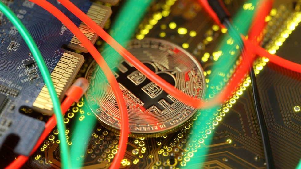 Bitcoin is an environmental disaster and could bring the internet bloomberg stopboris Image collections