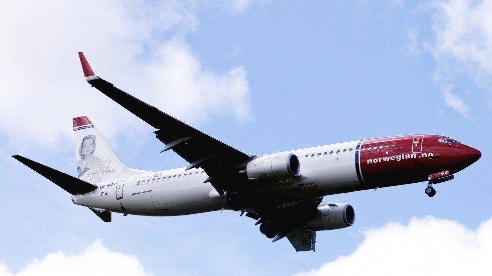 Image result for bomb threat norwegian aircraft