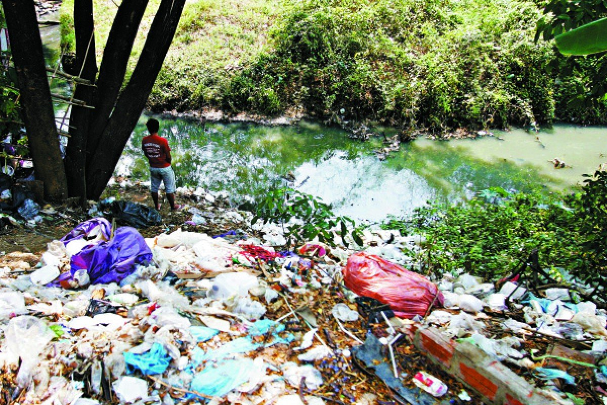 The polluted river that marks the border with Thailand.
