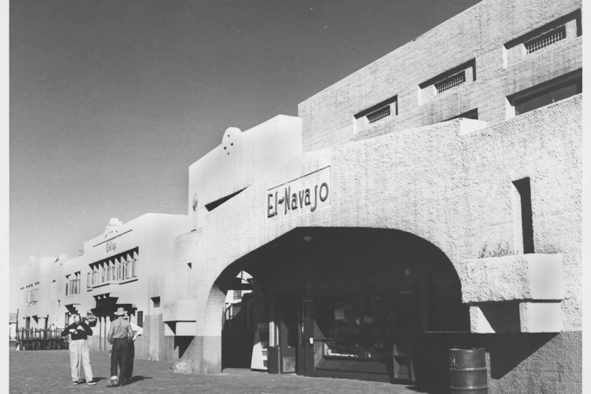 The El Navajo, a Fred Harvey hotel, in Gallup, New Mexico, in the 1950s.