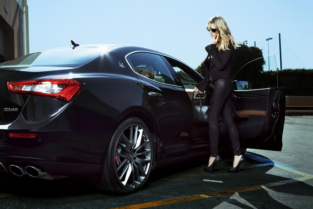 Luxury car makers focus on women drivers style magazine for Luxury women