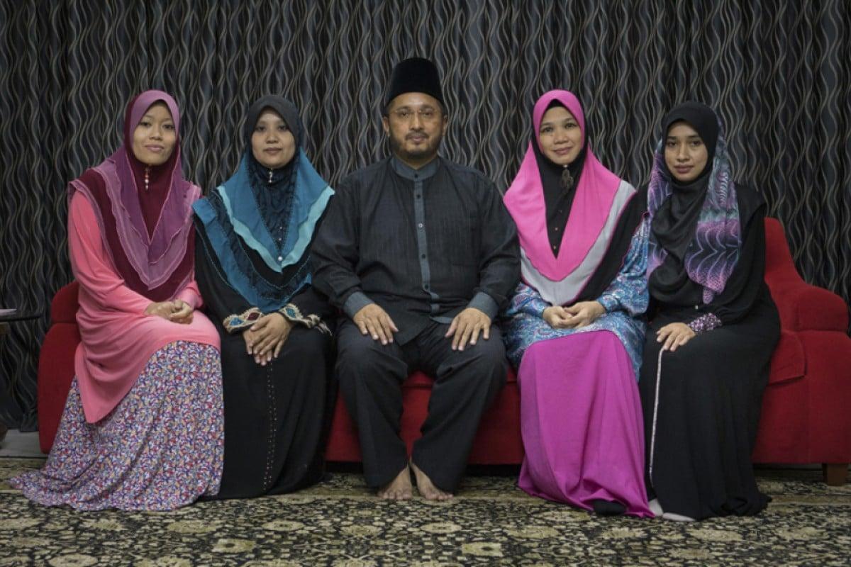 Muslim polygamy dating site