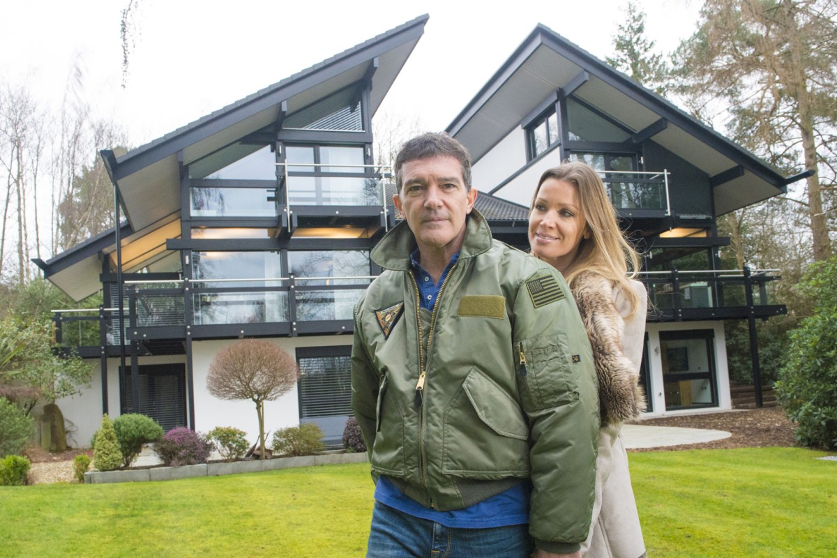 Antonio Banderas and his girlfriend, Nicole Kimpel, at their home in Surrey, southern England. Photos: News Syndication