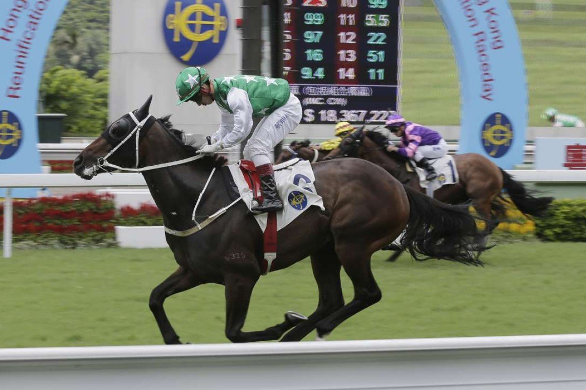 Matthew Chadwick eases over the line aboard Pakistan Star in one of the most impressive performances this season. Photos: Kenneth Chan