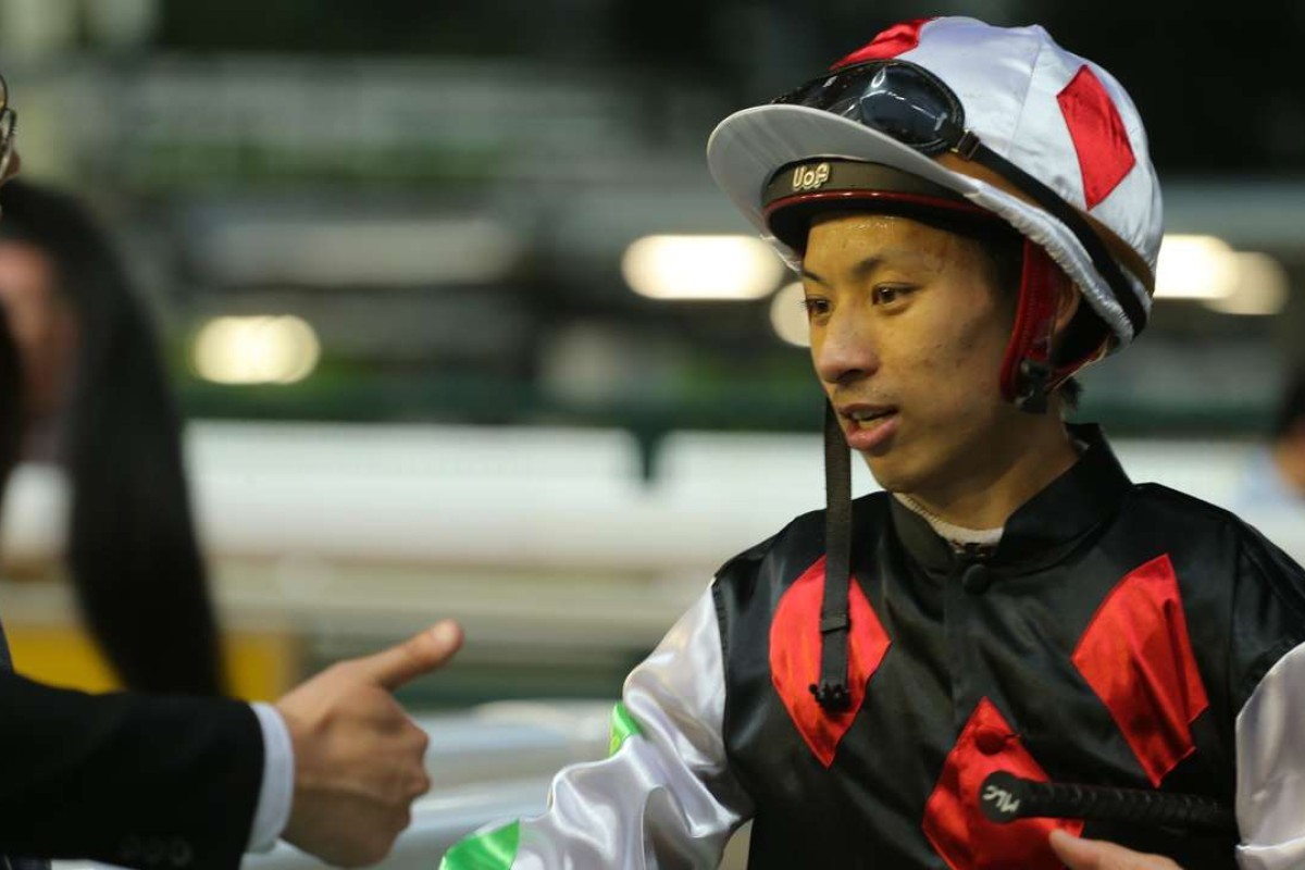 Race 6, Five Up High, ridden by Matthew Chadwick, won the Sports Club Diamond Jubilee Challenge Cup(class 3, 1200m) at Happy Valley on 15Jun16.