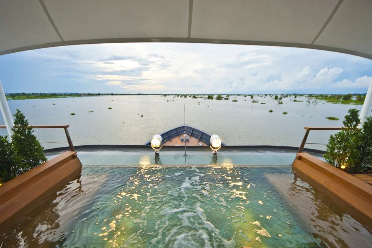 The Aqua Mekong's plunge pool.