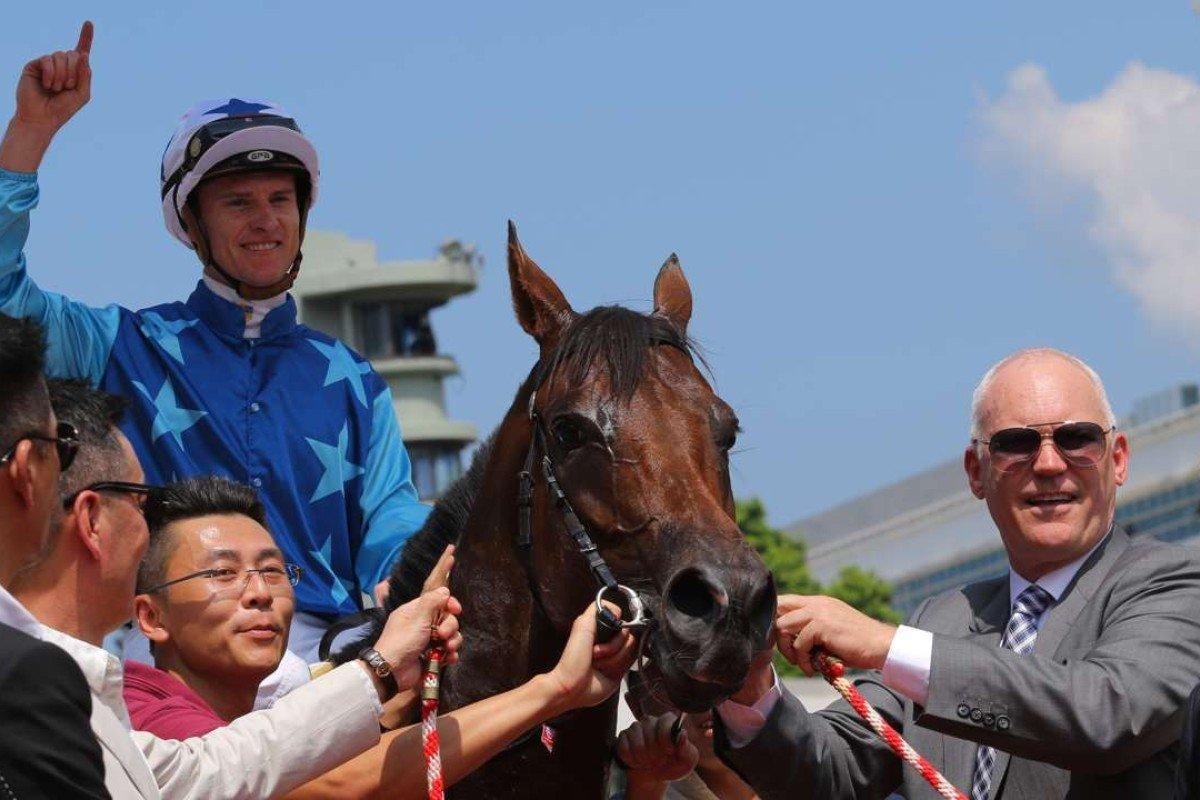 Connections celebrate the debut victory of Jing Jing Win. Photos: Kenneth Chan