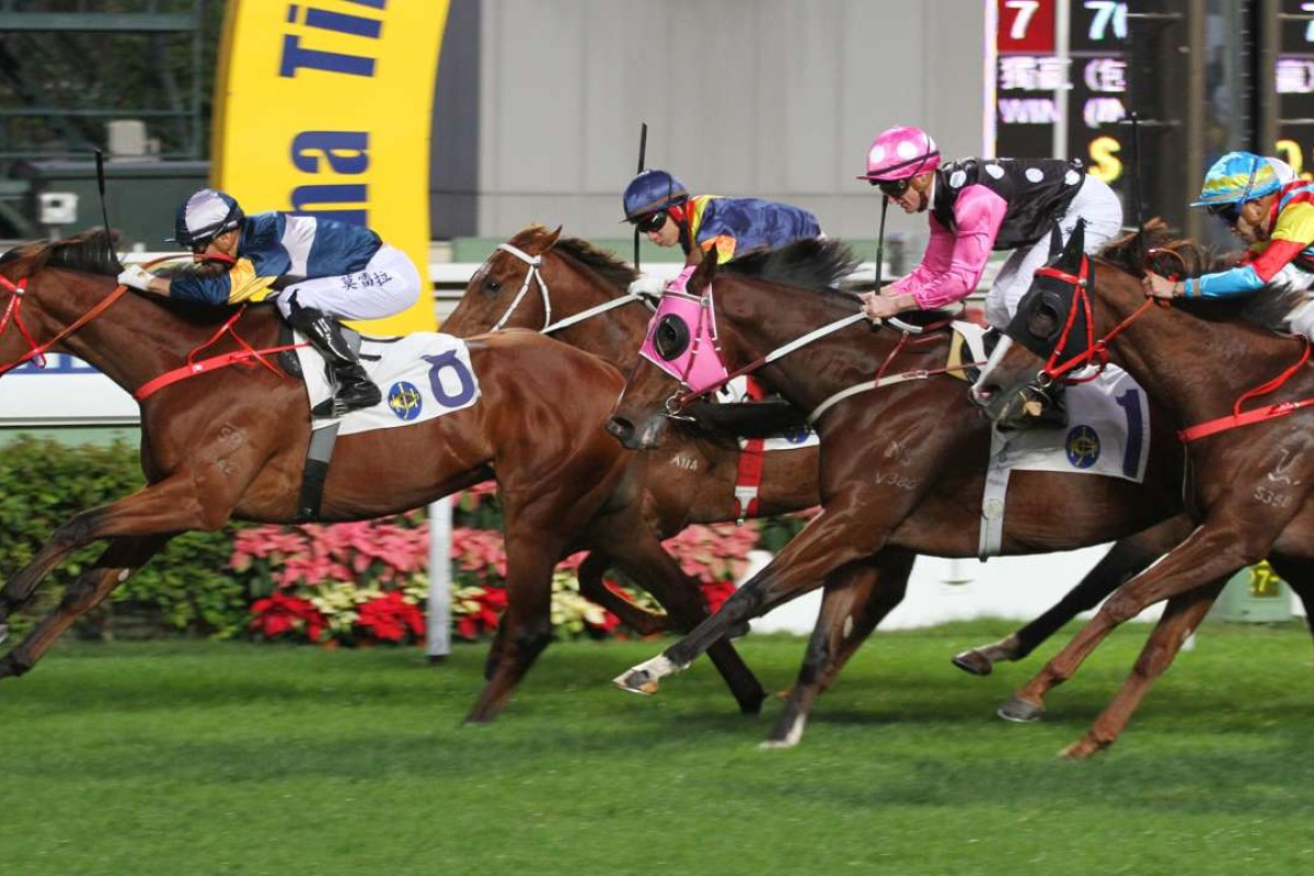 Beauty Generation (pink sleeves) finishes second to My Darling at Sha Tin on Tuesday. Photos: Kenneth Chan