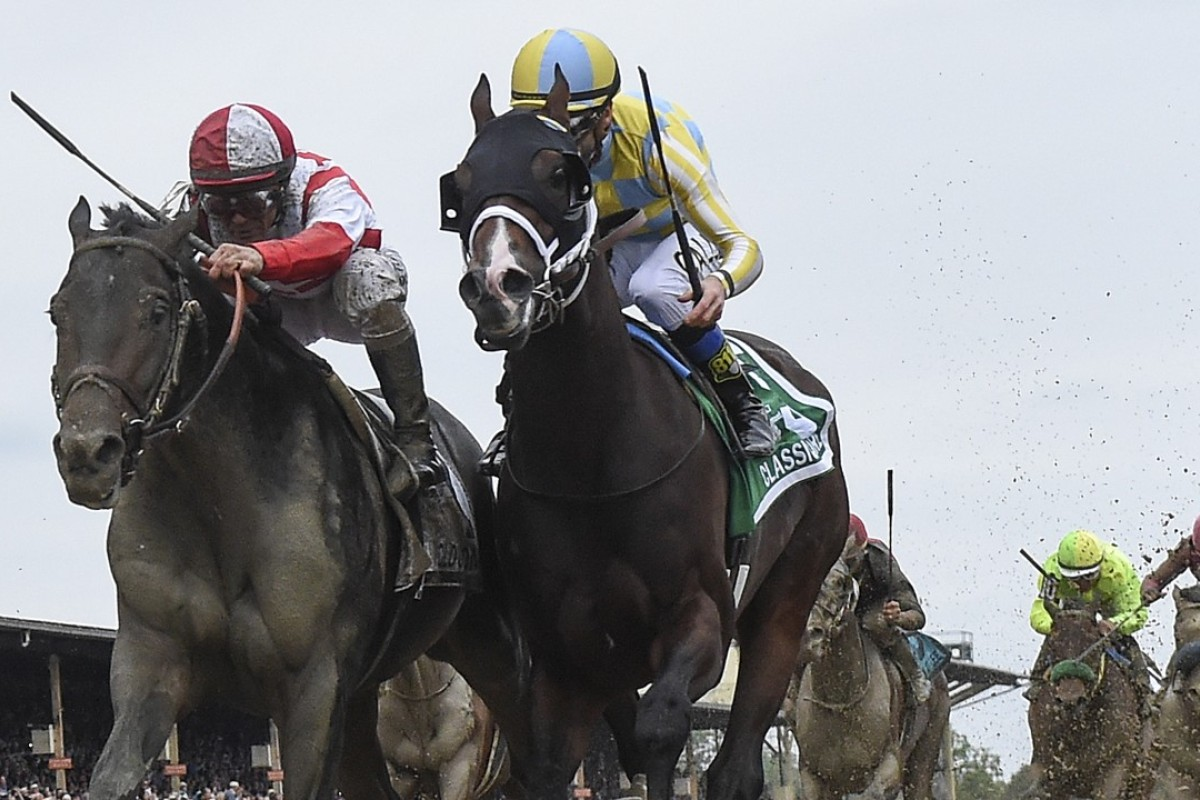 Jockey Javier Castellano riding Cloud Computing (left) just beats Classic Empire, ridden by Julien Leparoux, to a first-place finish in the 142nd running of the Preakness Stakes at Pimlico on Saturday. Photo: Washington Post